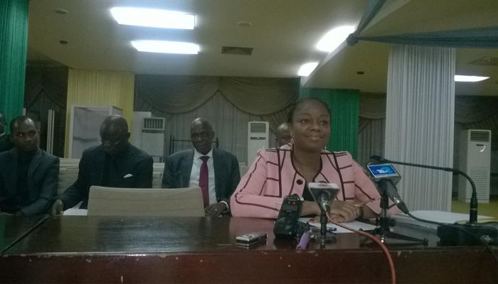 La ministre Cina Lawson face aux députés, mardi 13 juin 2017, à Lomé.